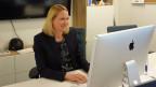 Stephanie Nägeli, bei Nestlé zuständig für Innovationen im Lebensmittelbereich, im Büro auf Pier Nr. 17 in San Francisco. Bild: Denise Schmutz/SRF.