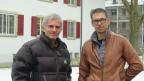 Hans Babst (links) will sich engagieren. Sascha Spätig (rechts) ist im Pflegeheim Frienisberg zuständig für die Rekrutierung von Freiwilligen. Bild: Thomas Pressmann/SRF.