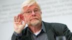 Hansruedi Weber an einer Medienkonferenz über die Lancierung der Vollgeld-Initiative, am Dienstag, 3. Juni 2014 in Bern.