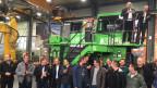 Auch für Minenbetreiber im Ausland sind die elektrischen Riesendumper der Firma Kuhn interessant.
