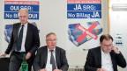 Hans-Ulrich Bigler, Direktor Schweizerischer Gewerbeverband SGV, Jean-Francois Rime, Nationalrat SVP-FR und Peter Schilliger, Nationalrat FDP-LU, vom Kommitee «No Billag – JA» (von links).