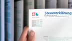 Alle paar Jahre kann das Schweizer Stimmvolk neu entscheiden: Wollen wir dem Bund weiterhin Steuern zahlen?