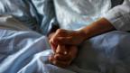 Liebe und Zuwendung - das steht nicht im Leistungskatalog der Krankenkassen.