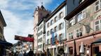Zurückhaldende Farben an den Fassaden von Rheinfelden.