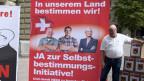 Mitglieder der SVP vor der Einreichung der Selbstbestimmungsinitiative «Schweizer Recht statt fremde Richter» der SVP am 12. August 2016 in Bern.