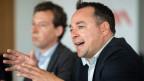 Urs Allemann, Leiter Fachstelle Extremismus und Gewaltprävention (rechts) neben Stadtrat Nicolas Galladé, Vorsteher Departement Soziales in Winterthur.