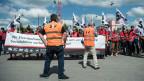 Angestellte der SBB und Gewerkschafter vom SEV demonstrieren in Bern gegen den neuen GAV der Schweizerischen Bundesbahnen. 18. Juni 2018.
