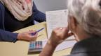 Wenn die Rente nicht zum Leben reicht, bekommen AHV- oder IV-Rentner Ergänzungsleistungen