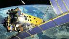Ein Satellit, der die Erde observiert. Aufgenommen von der ESA im 2005.