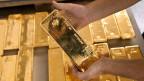 Goldhandel Schweiz: Nicht immer ist klar, ob im Ursprungsland Menschenrechte verletzt oder Umweltsünden begangen wurden.