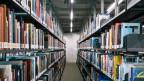Die 40 verschiedenen Bibliotheken der Uni Zürich sollen zu einer grossen, modernen Universitätsbibliothek zusammengeschlossen werden. Symbolbild.