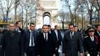 Macron beugt sich dem Druck der Strasse.