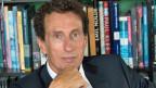 Julian Nida-Rümelin lehrt seit vielen Jahren Philosophie an der Universität München.