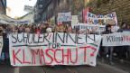 Streikende Schüler in der Stadt Bern am 18.1.2019.