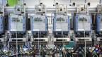 Stromzähler in der Fabrik von Landis+Gyr in Zug.