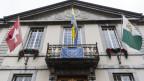 auf dem Bild ist das Rathaus von Vevey zu sehen