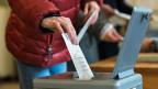 Stimmabgabe an der Urne.