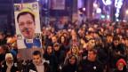 Langer Protest gegen Aleksandar Vucic.