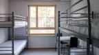 Blick in ein Zimmer im Asylzentrum Grosshof in Kriens.