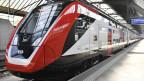 Fernverkehrs-Doppelstockzug FV-Dosto im Zürcher Hauptbahnhof am Mittwoch, 1. Mai 2019.
