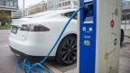 Zu wenig Ladestationen verhindern Kauf von Elektroautos