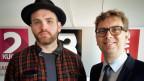 Alexander Marx, Koch (li.) und Christian Hauser, Wirtschaftsprofessor, diskutieren über Wistleblowing.