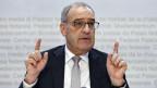 Bundesrat Guy Parmelin an der Medienkonferenz über die Nationalen Forschungsschwerpunkte.