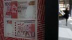 Bargeld für Einwohner Hongkongs.
