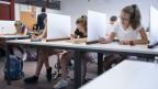 Symbolbild. Schüler bei einer Prüfung.