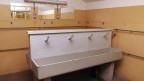 Symbolbild. Der Waschraum in der Festung Beglingen im glarnerischen Mollis.
