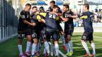 Die kosovarische Fussballnati feiert den Treffer zum 1:0 im Freundschaftsspiel gegen den FC Wil.