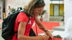 Die Truathletin Nicola Spirig kann ihren Rucksack für Rio packen.