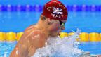 In Rio purzeln die Schwimmrekorde gleich reihenweise – und nähren Spekulationen. Bild: Der britische Schwimmer Adam Peaty in Rio auf dem Weg zu einem neuen Weltrekord.