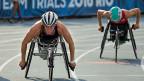 Wer sich kurz vor dem Start selbst Schmerz zufügt ist auf der Rennbahn dann schneller. Rollstuhlsportlerinnen und -sportler müssen sich dabei aber keinen Zeh oder ähnliches brechen. Um sich per Boosting zu dopen, reicht es beispielsweise, besonders viel zu trinken.