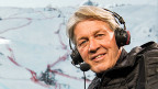 Bernhard Russi in der Kommentatoren-Kabine an der alpinen Ski-WM in St. Moritz.