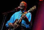 Der damals 79-jährige Chuck Berry 2005 bei einem Auftritt in Zürich.