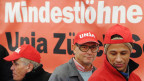 Angestellte der Maschinen- und Metallindustrie MEM demonstrieren im Rahmen einer Kundgebung der Gewerkschaft Unia für einen neuen Gesamtarbeitsvertrag am 3. April 2013.