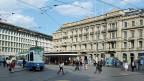 Österreich hat sich als letztes EU-Land vom Bankgeheimnis verabschiedet. Das stellt den Finanzplatz Schweiz vor Probleme. Bild: Paradeplatz Zürich.