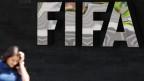 Logo des Weltfussballverbandes FIFA an FIFA-Hauptsitz in Zürich.