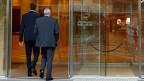 Laut Rechtsexperten wirkten die Worte des CS-Chefs Dougan für eine grosse Zahl von MitarbeiterInnen entlastend. Ihnen attestierte das oberste Management  der Credit Suisse nämlich, korrekt gehandelt zu haben.