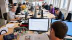 In vielen Betrieben wurden in letzter Zeit flexible Arbeitszeitmodelle entwickelt. Sie heissen Gleitzeit, Jahresabeitszeit - und seit neuestem «Vertrauensarbeitszeit». Mitarbeitende sollen ihre Arbeitszeit selbstverantwortlich einteilen.
