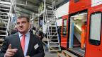 Stadler Rail-Inhaber und CEO Peter Spuhler beim Montage-Start für den 380-Millionen-Auftrag in Altenrhein.