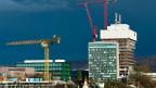 Wenn immer weniger, immer grössere Unternehmen den Pharma-Markt dominieren, ist die Wahrscheinlichkeit gross, dass die Gewinne hoch bleiben - egal wie legitim sie sind. Bild: Baustelle für den neuen Roche-Turm in Basel.