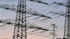 Die künftigen Risiken der Stromkonzerne sind kaum abzuschätzen. Sinken die Strompreise weiter, sinkt wohl auch der Wert der Kraftwerke weiter.