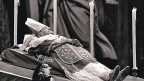 Der «Blick» hat 1963 den Tod von Papst Johannes XXIII. bereits am 1. Juni gemeldet; gestorben ist er aber erst am 3. Juni.