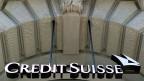 Den Angstellten den Lohn kürzen, dafür den Aktionären Dividenden zahlen. Credit Suisse sagt dazu: das Gleichgewicht wahren.