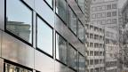 Auch bei Immobilien, die bisher deutlich mehr Anlage-Ertrag abwarfen, schmilzt allmählich die Rendite weg.