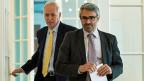 Staatssekretär Jacques de Watteville und OECD-Steuerdirektor Pascal Saint-Amans. Das Global Forum beginnt seine Prüfung in der Schweiz im Herbst, sie dauert bis etwa Mitte nächstes Jahr.