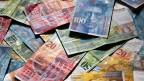 Die Verrechnungssteuer wird nicht nur bei Bank- und Postkonten erhoben, sondern allgemein auf Zinserträgen, Lottogewinnen und Versicherungsleistungen. Das Ziel: Steuerhinterziehung eindämmen.