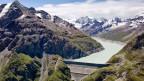 Die Staumauer von Grande Dixence. Ein grosser Teil der unrentablen Wasserkraft-Sparte soll an Investoren im In- und Ausland verkauft werden.